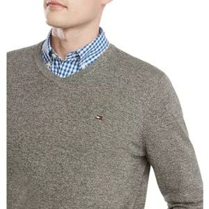 Tommy Hilfiger Men's Vneck sweater XS